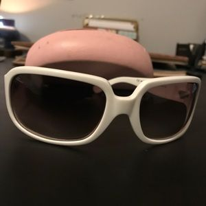 Juicy couture sunglasses and case.